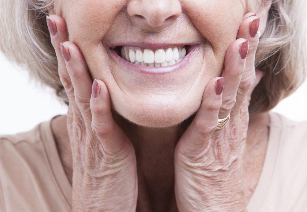 Diş Eti Bakımı Nasıl Yapılır?